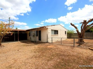 View profile: TIDY UNIT - GREAT LOCATION