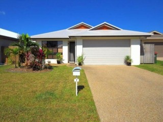 View profile: Great Family Home with Sea Breezes