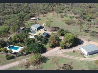 View profile: Rare Opportunity to reside on 22 Acres only 20 Min from Town