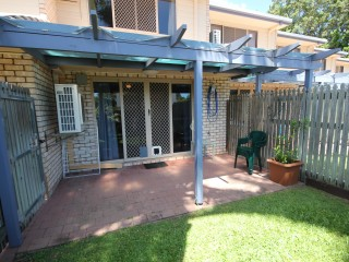 View profile: Furnished Townhouse Minutes to University & Hospital